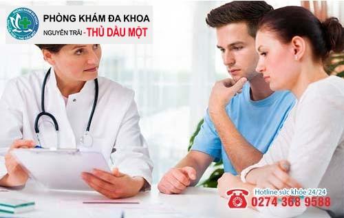Cả hai nên đến gặp bác sĩ để thăm khám và hỗ trợ điều trị tránh lây nhiễm